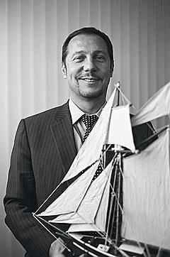 Морской шлейф До того как выбрать мирную стезю, Максим Иванов служил минером на противолодочном корабле