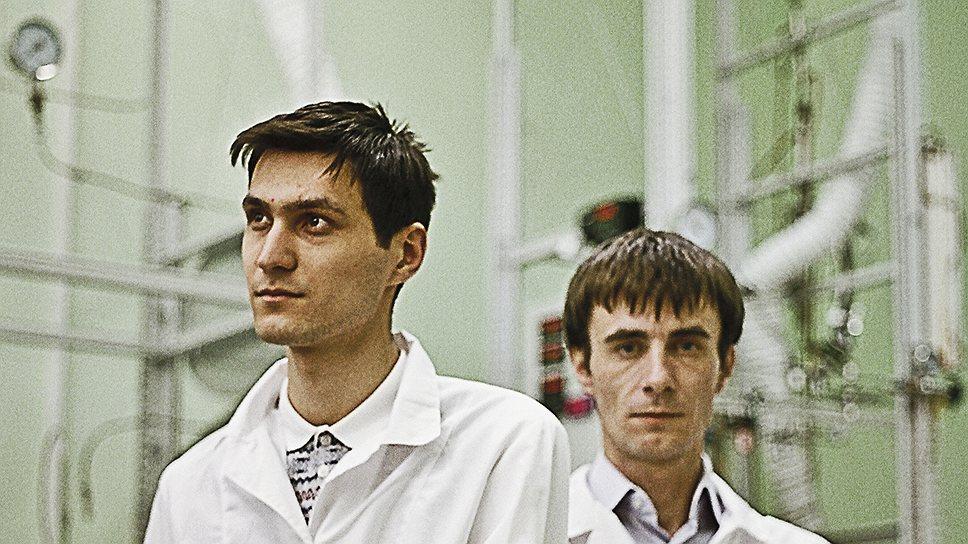 Люди в белом Олег Гиязов (слева) и Олег Парпуц придумали технологию, способную кардинально изменить подходы к нефтепереработке
