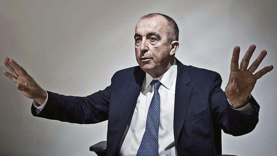Разрушитель столов. Вице-президент компании Dassault Systemes Филипп Форестье мечтал напрямую связать проектирование с производством