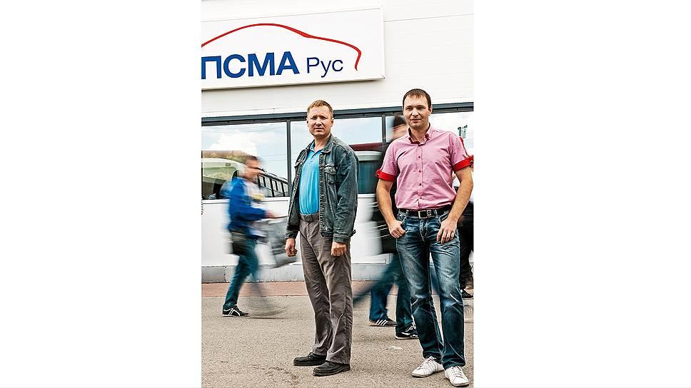 Возмутители спокойствия. Дмитрий Кожнев (слева) и Дмитрий Трудовой убеждены, что место настоящего профсоюзного лидера не в кабинете, а среди рабочих