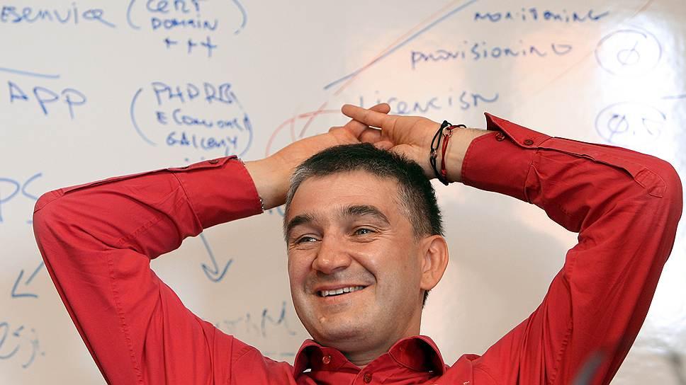Основатель венчурного фонда Runa Capital Сергей Белоусов во время интервью в офисе компании.