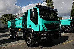 IVECO 450 Trakker