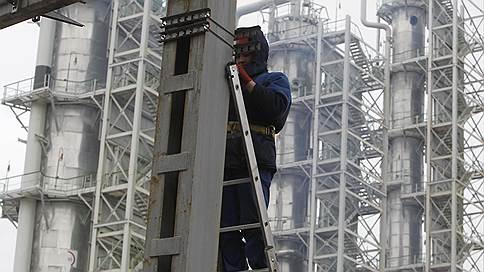 Нефтяная капсула безопасности  / кадры