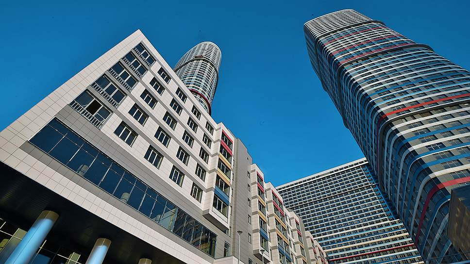 "Цену на квартиру в жилом комплексе ""Триколор"" удалось снизить всего на 2,5%"