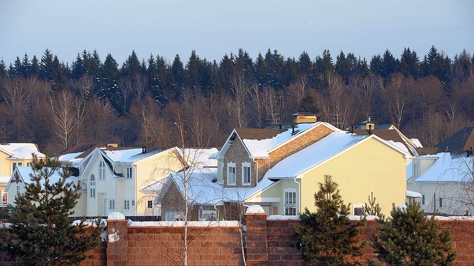 Загородные домовладения начали конкурировать с городскими квартирами в своем ценовом сегменте