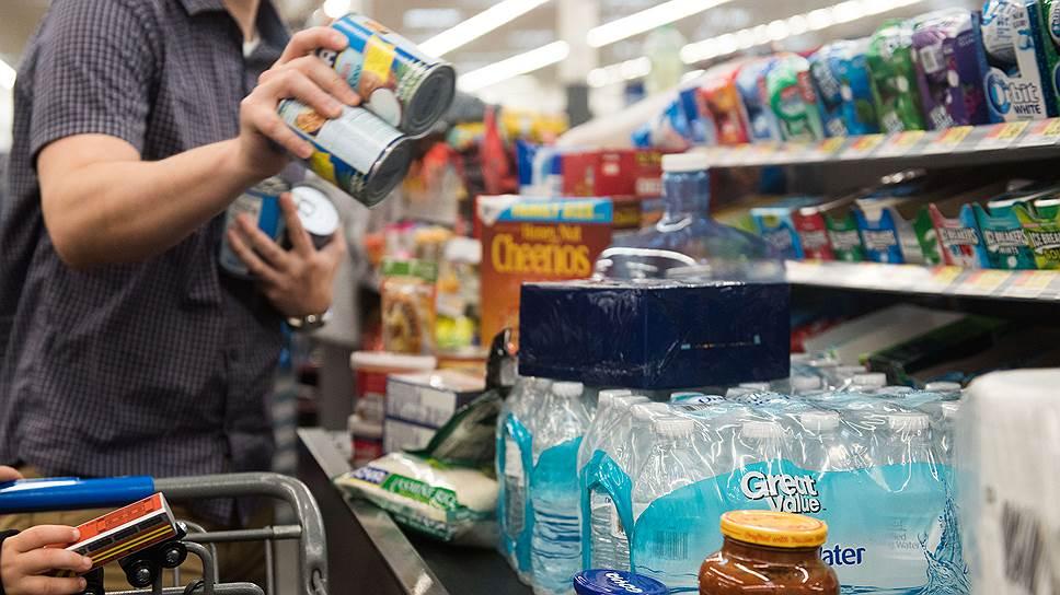 Каждый год на полках магазинов оказываются тонны поддельных и вредных пищевых продуктов
