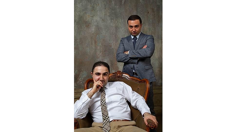 Давид Назарян (сидит) и Григорий Кялов убеждались много раз на практике, что качественное лечение и долгосрочный результат невозможны вне профессиональной свободы действий врача