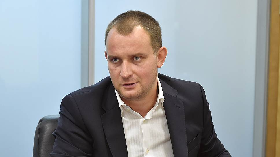 Вице-президент — начальник департамента инфраструктурных проектов и ГЧП Газпромбанка Павел Бруссер