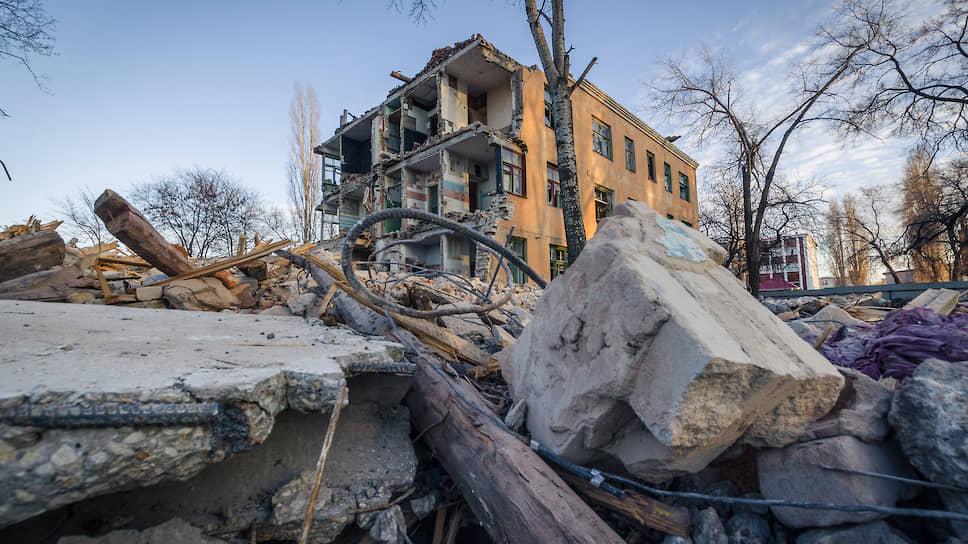 Спор за метр / Переселение россиян из аварийного жилья может вызвать волну недовольств