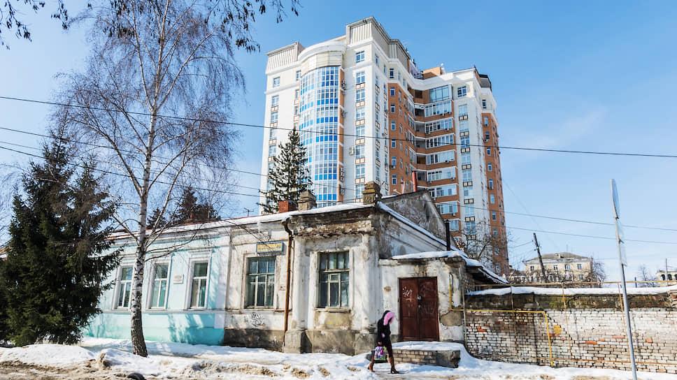 Регионы поживут по-старому / Всероссийскую программу реновации ждут трудности