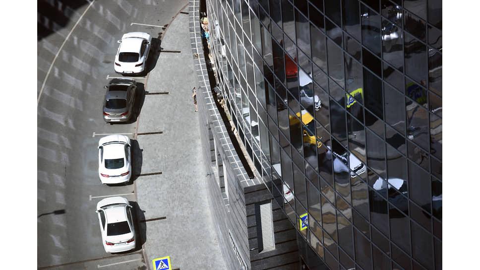 Автопром нагревает рынок / Спрос на лизинг автомобилей растет быстрее цен на них