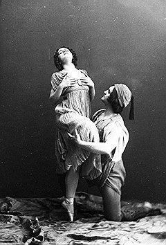 """Екатерина Гельцер и Василий Тихомиров в балете """"Корсар"""" (1912 год)"""