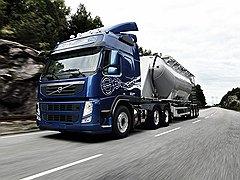 Инженеры Volvo сумели максимально сгладить момент запуска двигателя. И отдельное им спасибо за тормоза