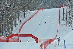 """В феврале 2011 года горнолыжный комплекс """"Роза Хутор"""" принял первые тестовые соревнования по горным лыжам"""