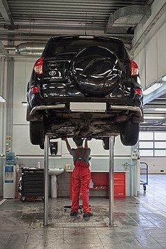 """Наступивший год станет особенным для российских клиентов """"Тойоты"""", обслуживающихся в официальных сервисах"""