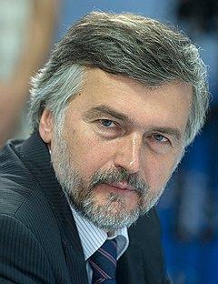 Заместитель главы Минэкономики Андрей Клепач полагает, что при нынешних темпах развития лет через пять Китай станет технологическим донором России