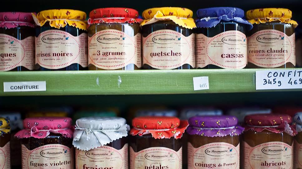 В Сен-Реми местные кондитеры варят сахаренные фрукты по рецептам того же Нострадамуса