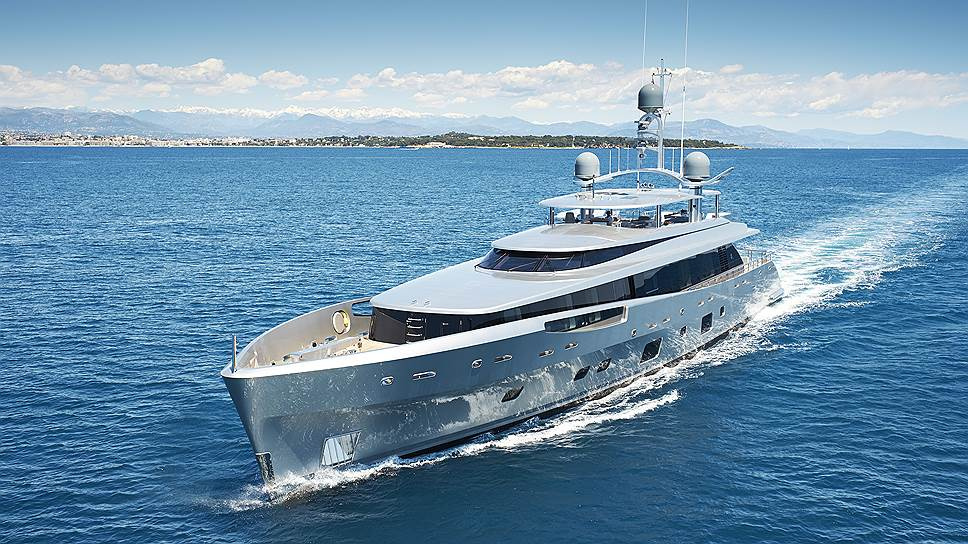 Первый борт / Анастасия Зайцева о главных новинках Yacht Show Monaco 2014