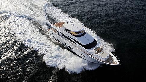 Между Англией и Италией  / Александр Щуренков об интерьере Princess 98 Motor Yacht, созданном с Fendi Casa