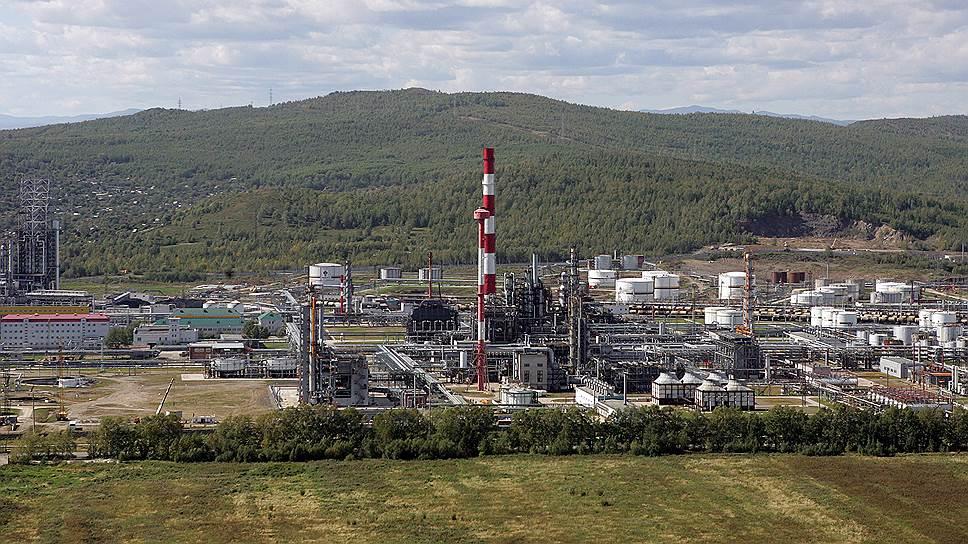 Комсомольский НПЗ раньше сроков, установленных правительством, перешел на выпуск топлив Евро 5