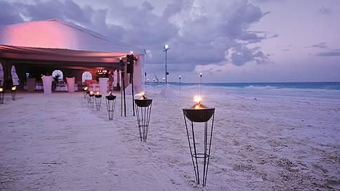 Праздник у воды  / Церемония на пляже