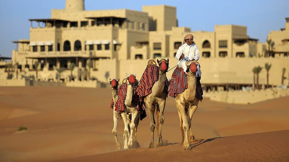 Отель Qasr Al Sarab Desert Resort by Anantara