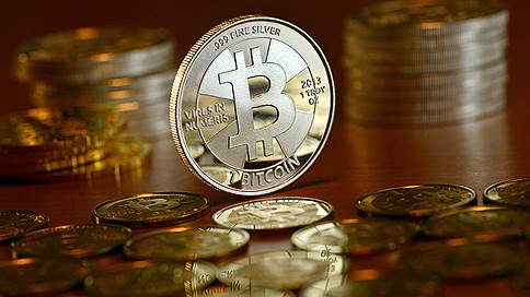 Стоит ли инвестировать в биткоин