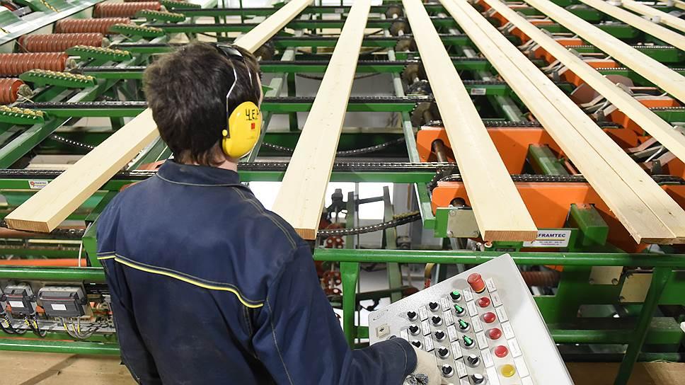 Машинизация и механизация работ в лесном комплексе с 2010 года составляет 90%