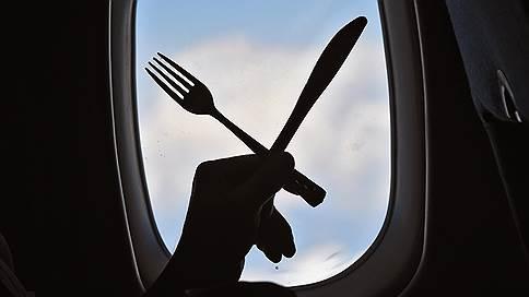 Оставят без обеда  / Авиакомпании отказываются от питания в полете