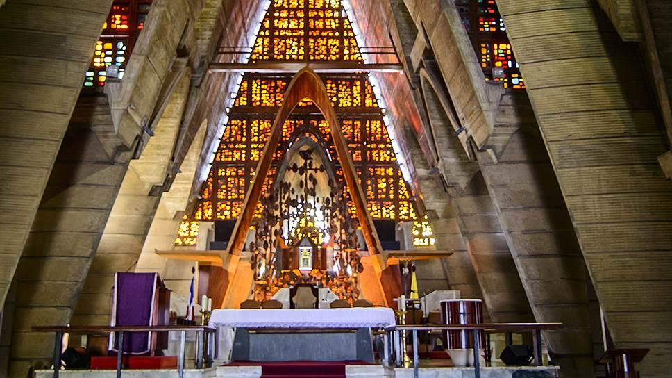 Базилика Пресвятой Девы Марии Альтаграсии в Игуэй