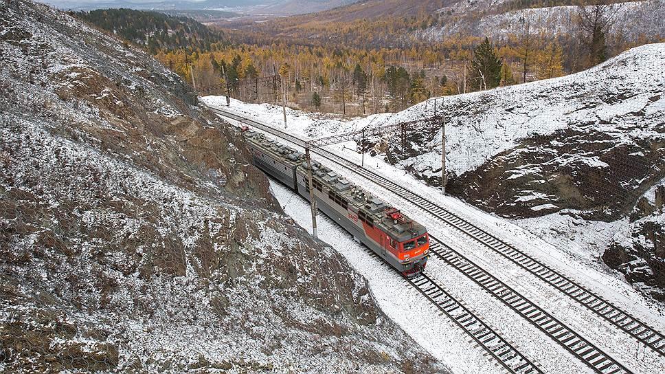 Эффект от внедрения тяжеловесных составов из вагонов с нагрузкой 27 тс на ось может составить до 100 млрд руб в год