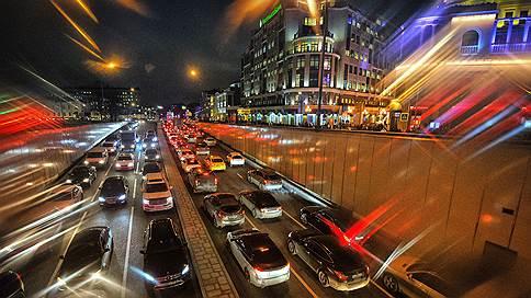 Ситуация на дороге  / Что будет с авторынком в этом году
