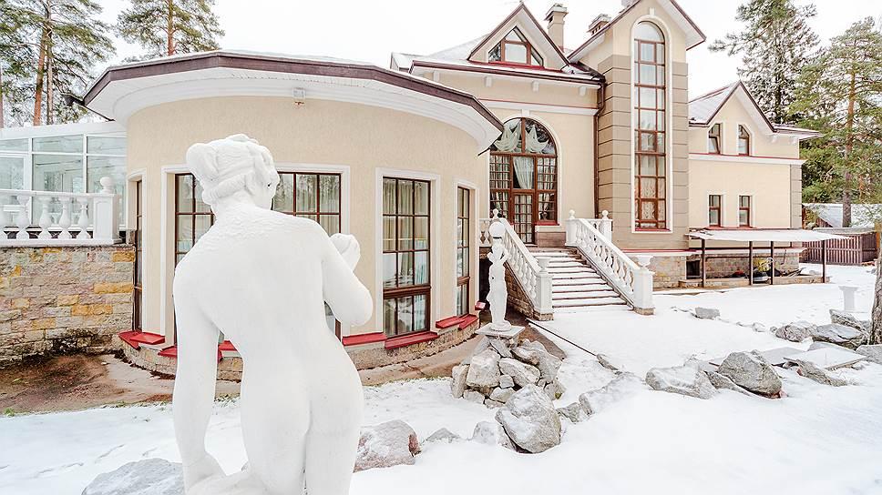 Элитный коттедж в Ленинградской области