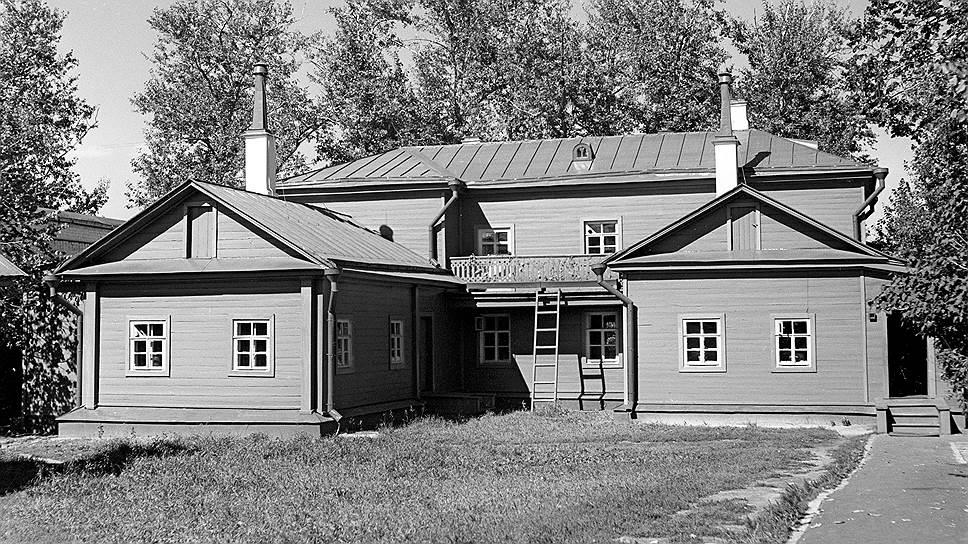 Доход Ильи Ульянова был выше, чем у его супруги, но собственный дом при покупке был записан на ее имя