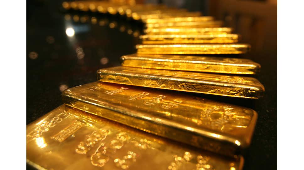Зачем центробанки скупают драгоценный металл