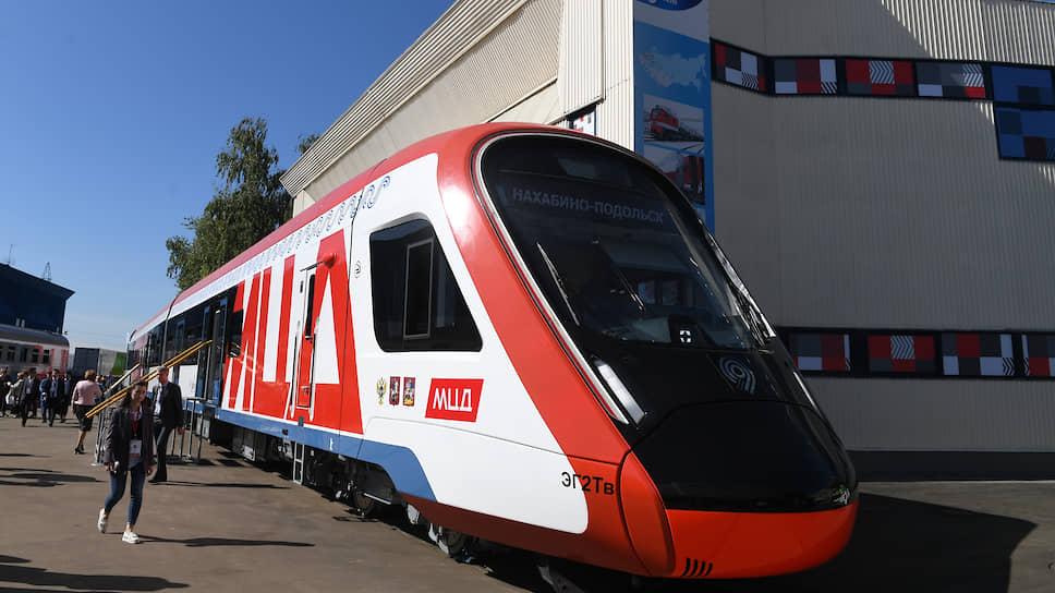 В историю на поезде / Первые два Московских центральных диаметра повезут пассажиров до конца 2019 года
