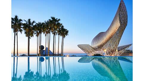 Вертикальный город  / Владимир Гридин об отеле Arts Barcelona