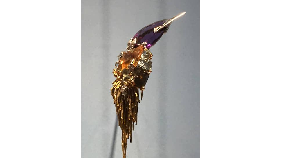 Pierre Sterlet Брошь «Птица», платина, желтое золото, аметист, топазы, аквамарины и бриллианты