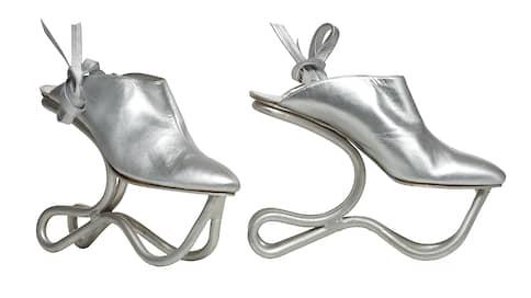 Шаг в прошлое  / История обуви в парижском MAD