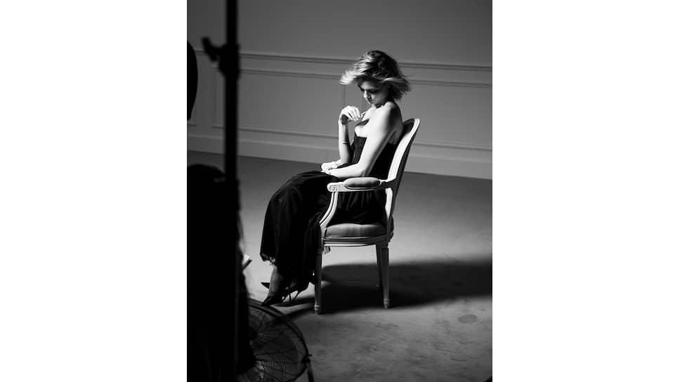 Кара Делевинь - лицо ювелирной коллекции Dior Rose des Vents