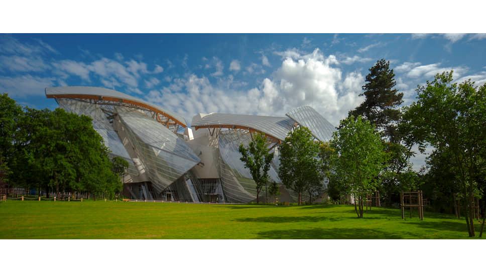 Здание Fondation Louis Vuitton в Париже, архитектор Фрэнк Гери