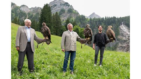 Взгляд с высоты  / Натела Поцхверия  о Chopard Alpine Eagle