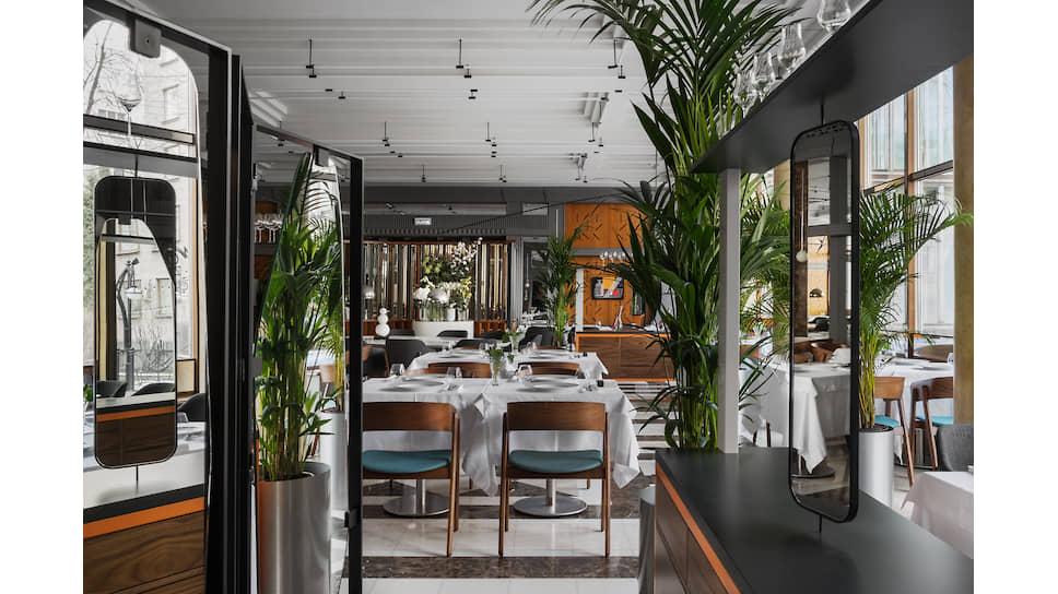 Интерьер ресторана Regent by Rico