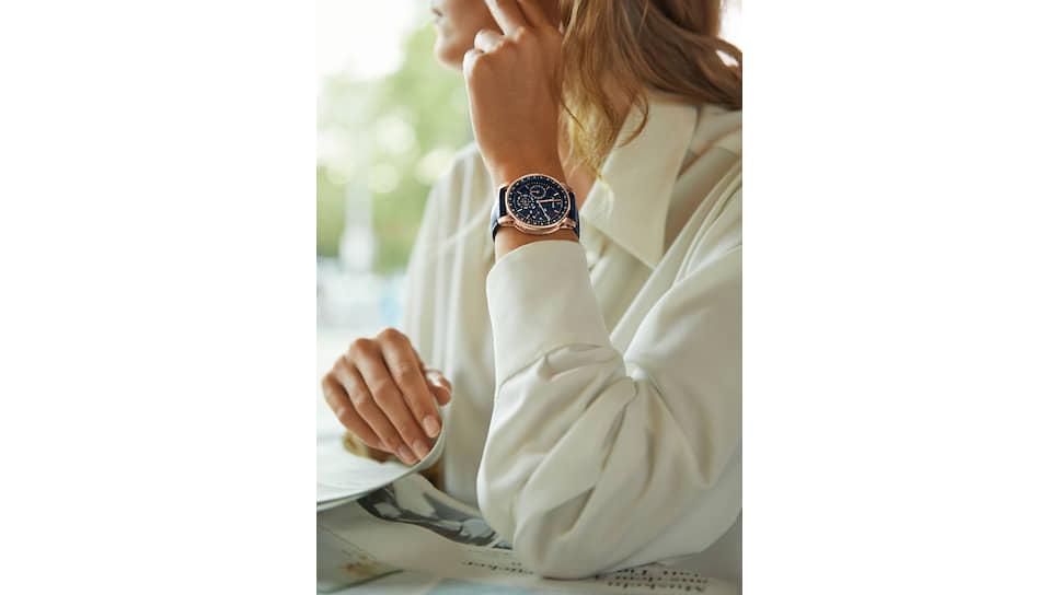 Часы Code 11.59, 41 мм, розовое золото, авантюрин, функция вечного календаря, механизм с автоматическим подзаводом