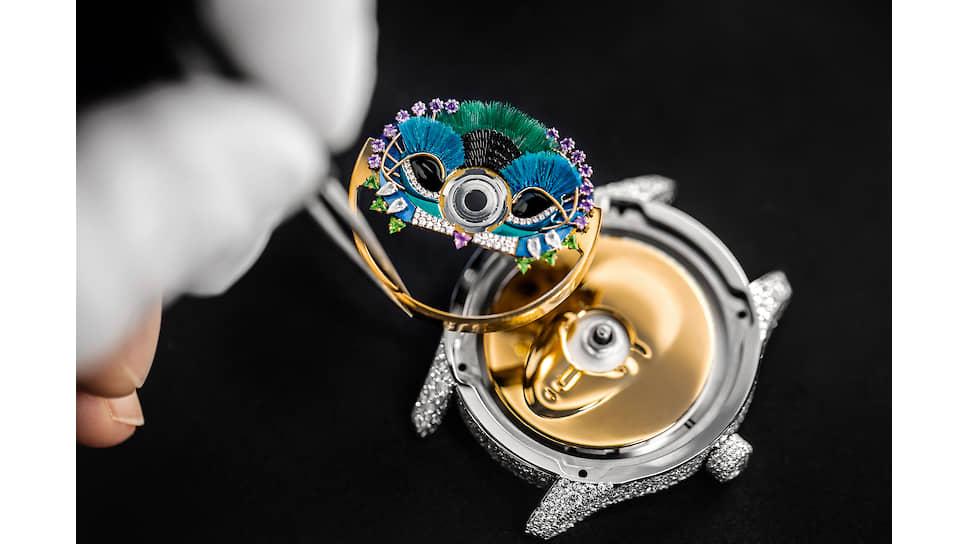 Процесс создания часов  Dior Grand Bal Masque