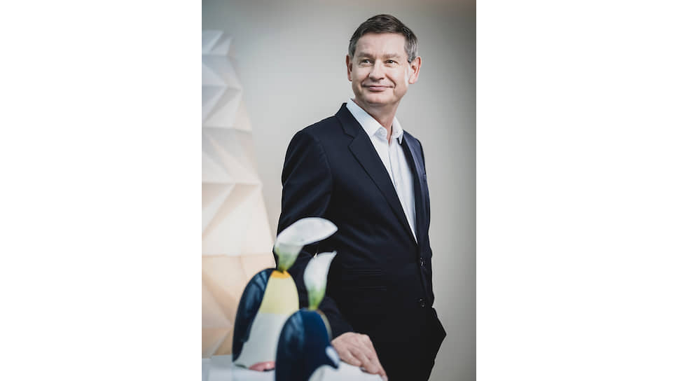 CEO Cartier Сирилл Виньерон