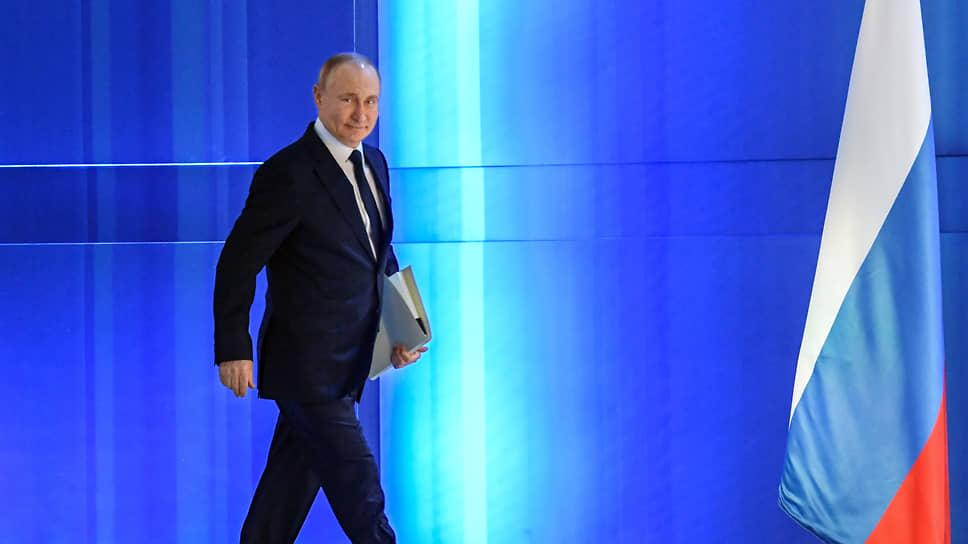 Санкции в поддержку нежадных / Американцы определились с российским госдолгом