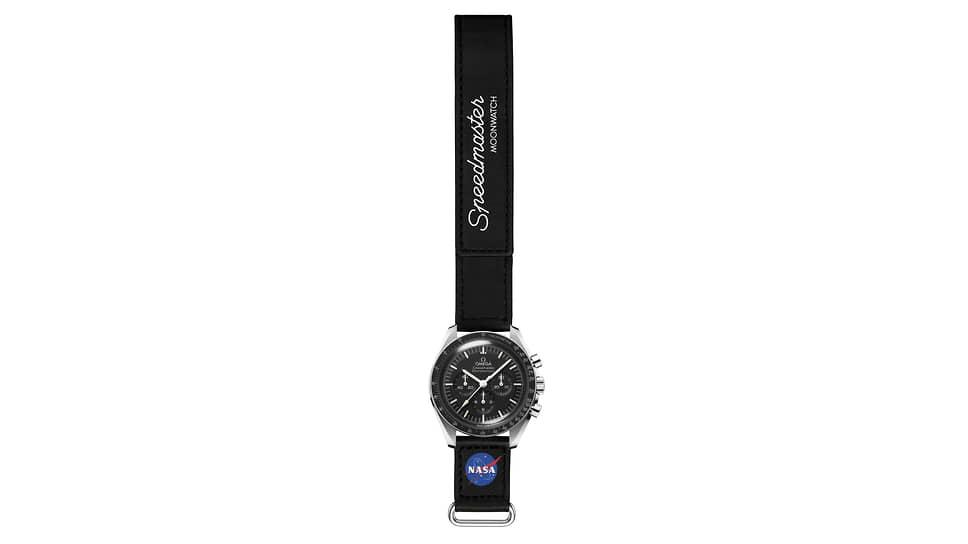 Omega Speedmaster Moonwatch на ремешке Velcro Straps