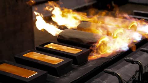 Золото вместо доллара  / Центробанки меняют структуру золотовалютных резервов