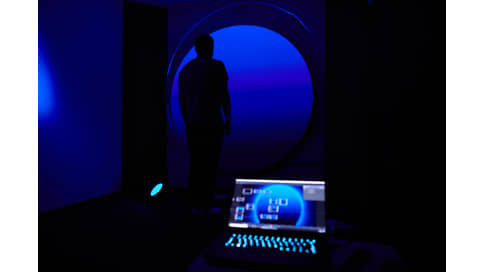 Ночь за днем  / Sense of Blue на Art Basel